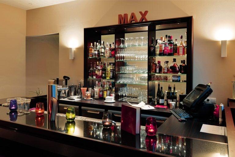 Romantik Hotel Bar 02 e1554997368952