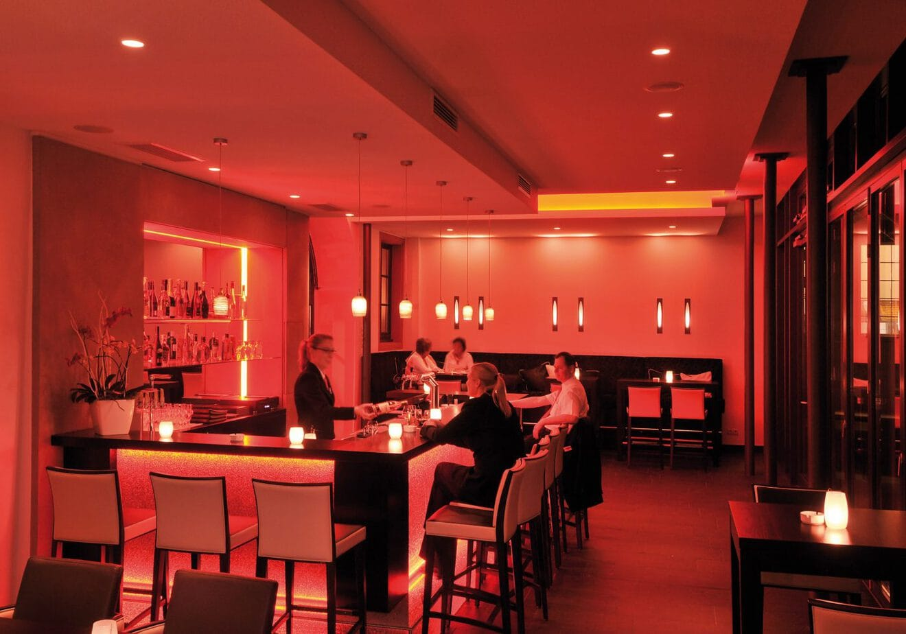 romantik hotel sanct peter in bad neuenahr ahrweiler im ahrtal. Black Bedroom Furniture Sets. Home Design Ideas